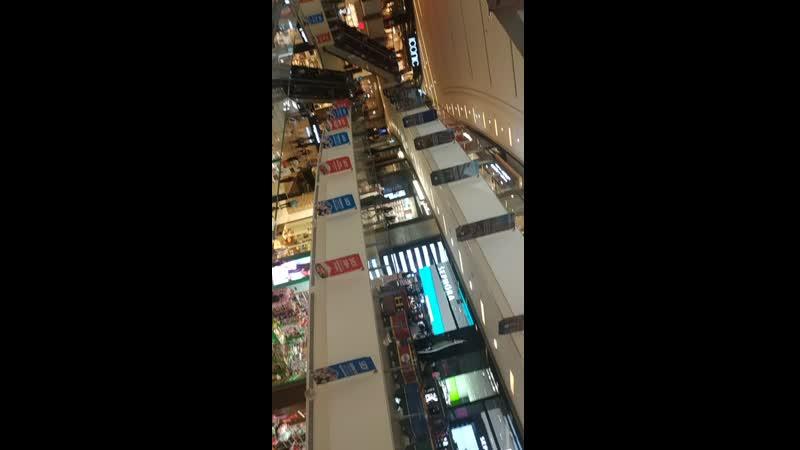 паравозик в торговом центре дубая