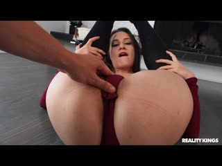 [RealityKings] Cassidy Klein - Checking Out Cassidy NewPorn2020