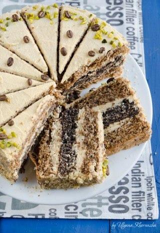 Фото: Маково-ореховый торт