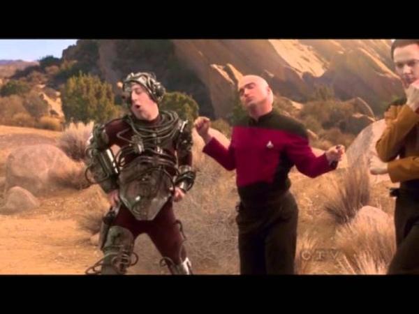 Чуваки из Теории большого Взрыва в костюмах Стар Трек