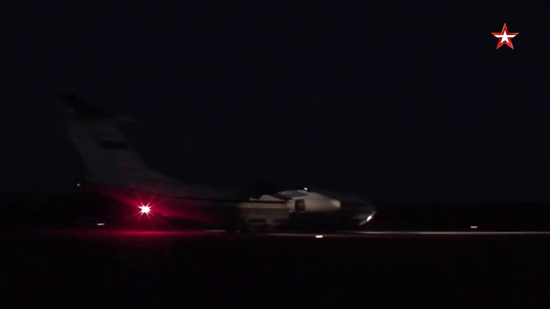 Экипажи самолетов Ил 76 выполнили учебно тренировочные полеты в Тверской области