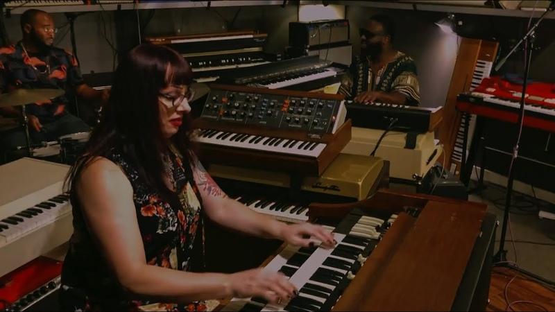 Lisa Bella Donna Trio California Live at Custom Vintage Keyboards