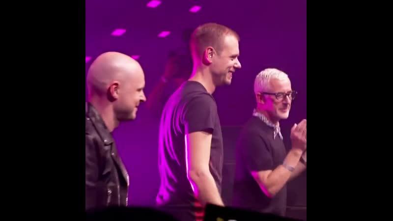 Above Beyond vs Armin van Buuren Show Me Love ASOT 900 Utrecht ⠀