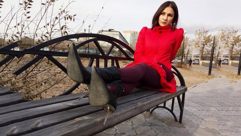 Masha's Gianmarco Lorenzi pointed toe chromed steel high heels black leather ankle boots Size 37