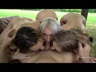 [LifeSelector] Tiffany Tatum, Mona Blue, Marilyn Sugar [группов gangbang Porn ебут ебля Секс жмж threesome порн девочк Молод ass