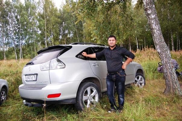 В Ярославле мужчина не пропускал скорую с ребенком, пока не узнал об уголовном наказании Водитель хендэ несколько минут внаглую не давал проехать передвижной установке реанимации, все это время