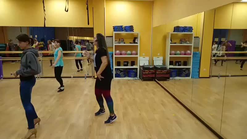 Латина с Викторией Кузьминой Клуб Фитнес Тайм Кириши