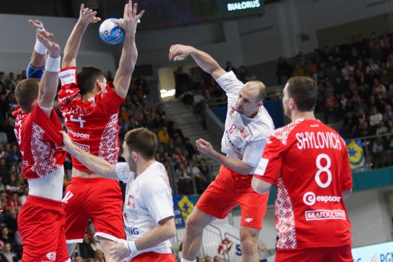 Товарищеские матчи. Играют немногие, с трофеями белорусы и македонцы, изображение №1
