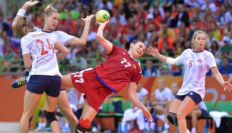 """Уходящая фигура. Майя Петрова: """"Олимпиаду перенесли, а я откладывать финиш не стану"""", изображение №8"""