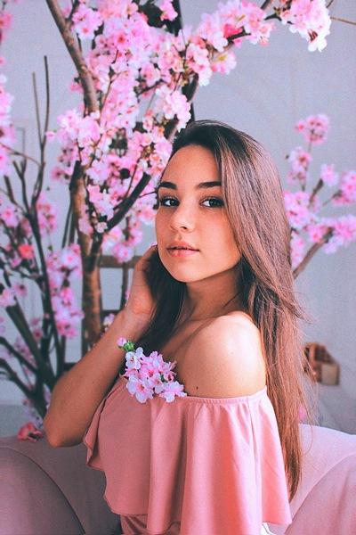 Даша Волкова