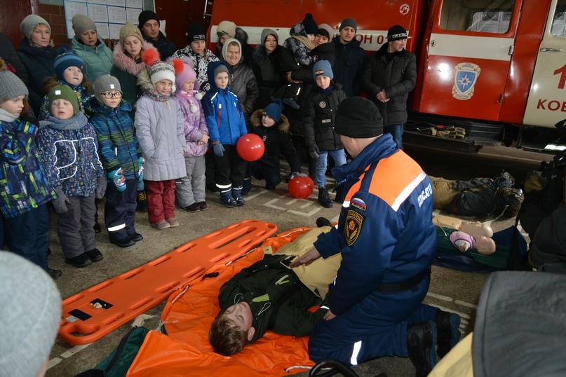В Коврове прошел день открытых дверей посвященный 116-летнему дню рождения пожарного депо., изображение №24