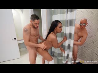 Lala Ivey - Break Enter Me - Porno, Teen, Blowjob, Threesome, Ebony, Natural Tits, School, Porn, Порно