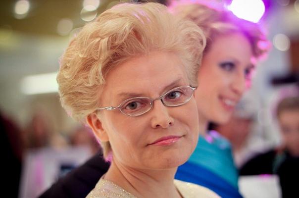 Елена Малышева заявила, что природа избавляется от женщин за 50.