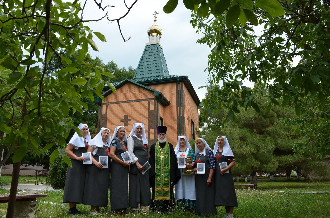 Посещение больницы в день памяти преподобного Сергия Радонежского