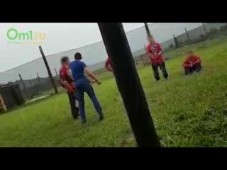 В омском пейнтбольном клубе преподаватель жестоко избил ученика