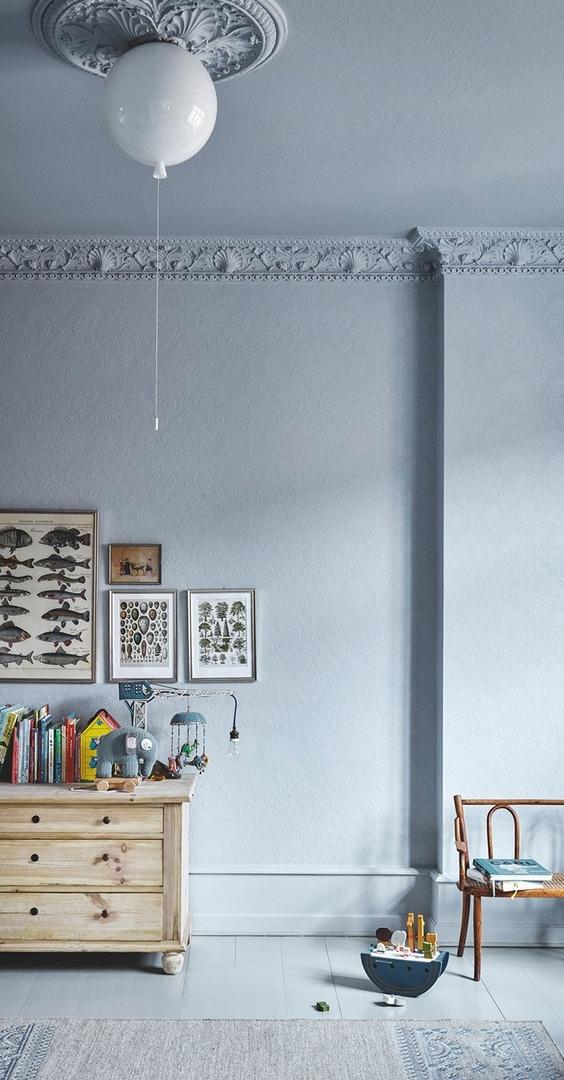 Серая квартира с яркими цветовыми акцентами в Копенгагене (168 кв.