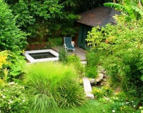Создаем сад в японском стиле Японские сады являются одними из самых красивых в мире. Жители страны восходящего солнца веками создавали и усовершенствовали уникальные сочетания элементов,