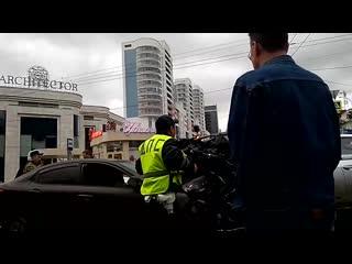 ДТП на Малышева/Московская (в видео есть мат)
