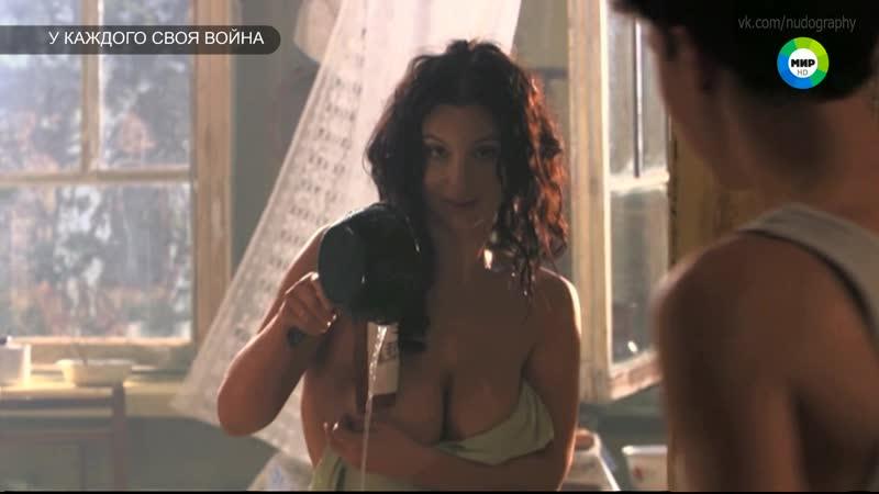 Екатерина Стриженова в сериале У каждого своя война 2010 Серия 6 HDTV 1080i Голая Секси грудь