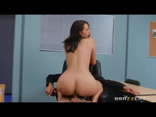 Old Man On Campus: Bella Rolland & Steve Holmes Brazzers  F