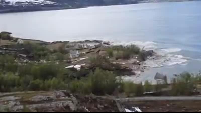 Норвегия сход грунта в море