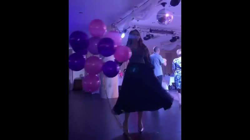 🔥Наша очаровательная выпускница Анастасия 💗 @ ana le платье @ il d amur мейк причёска @ irina88voronova украшение @ svet