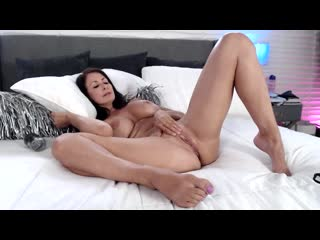 [LIL PRN] Adult Time - Reagan Foxx - Super Horny Fun Time  1080p Порно, Big Tits, Brunette, MILF, Solo