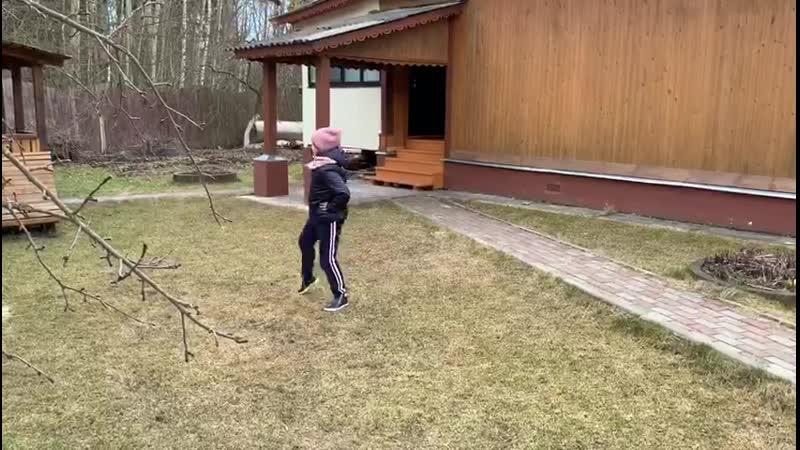 Польщикова Ксения Перекидной прыжок