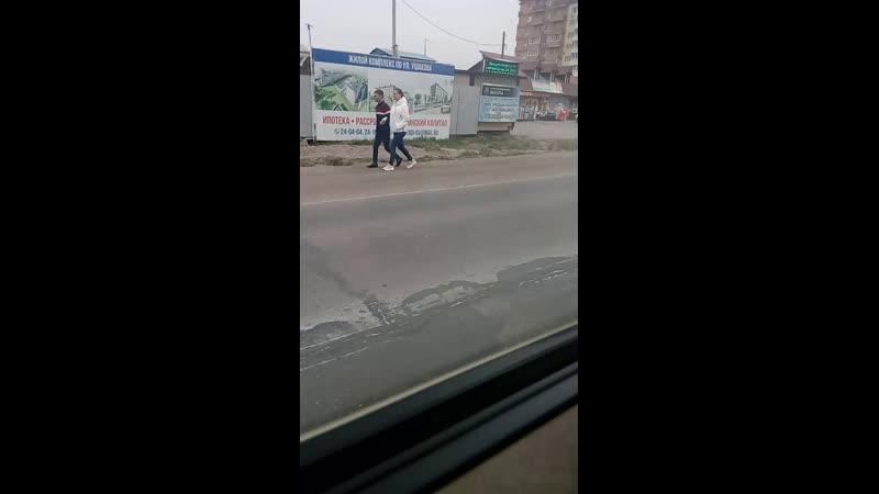 Едем во Владивосток с сестрой и друзьями😂👌я не разу не снимала трансляции