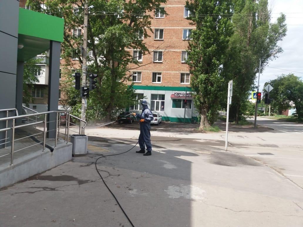 В Таганроге проводятся повторные дезинфекционные мероприятия