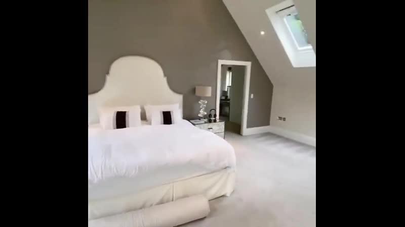 Шикарная комната на мансарде Кто то точно оценит ее по достоинству