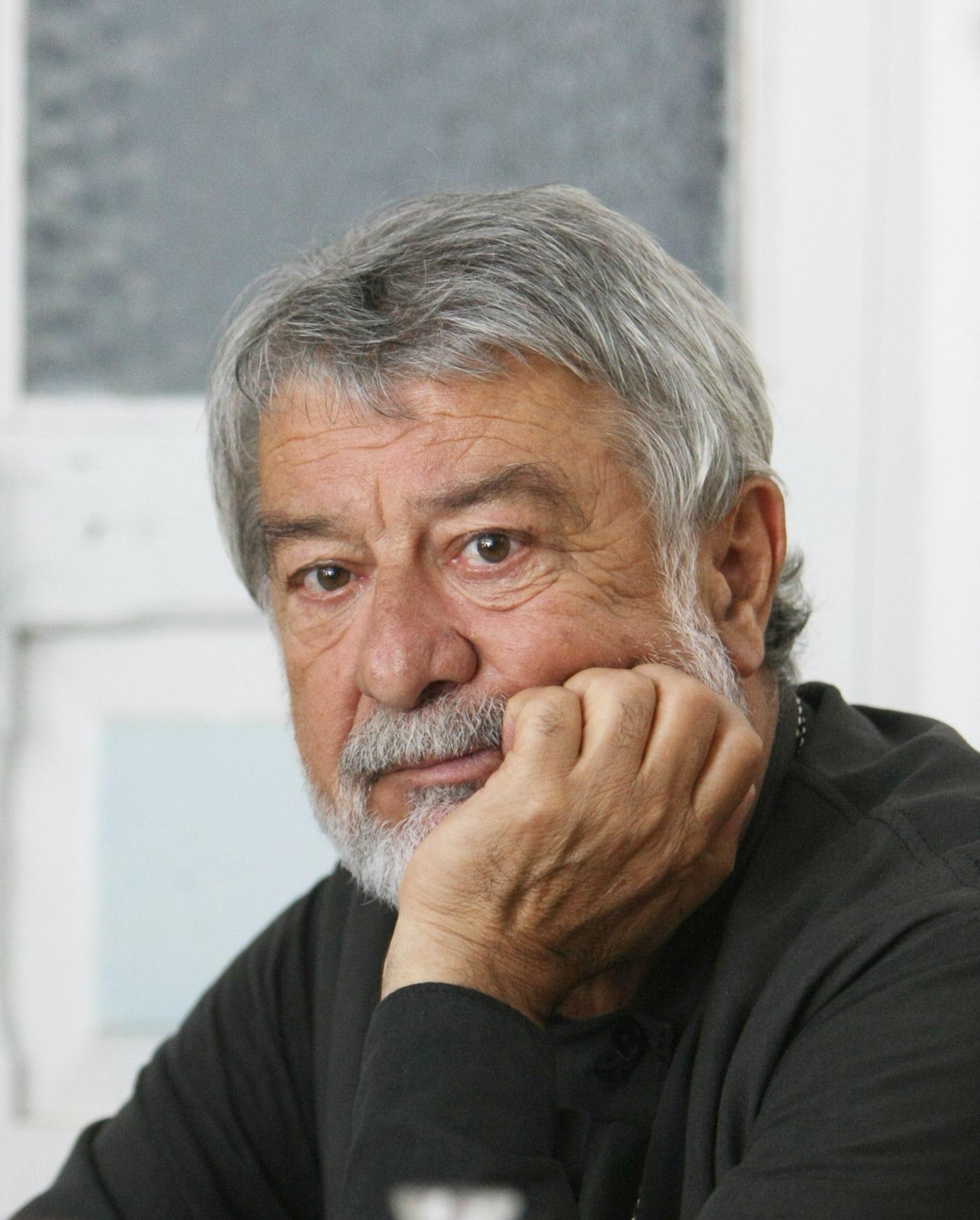 В Москве на 71 году жизни скончался актер и режиссер, народный артист РСО-Алания, заслуженный деятель искусств России Анатолий Дзиваев.