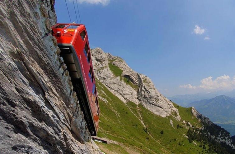 10 необычные видов транспорта, которые можно встретить в реальном путешествии, изображение №14
