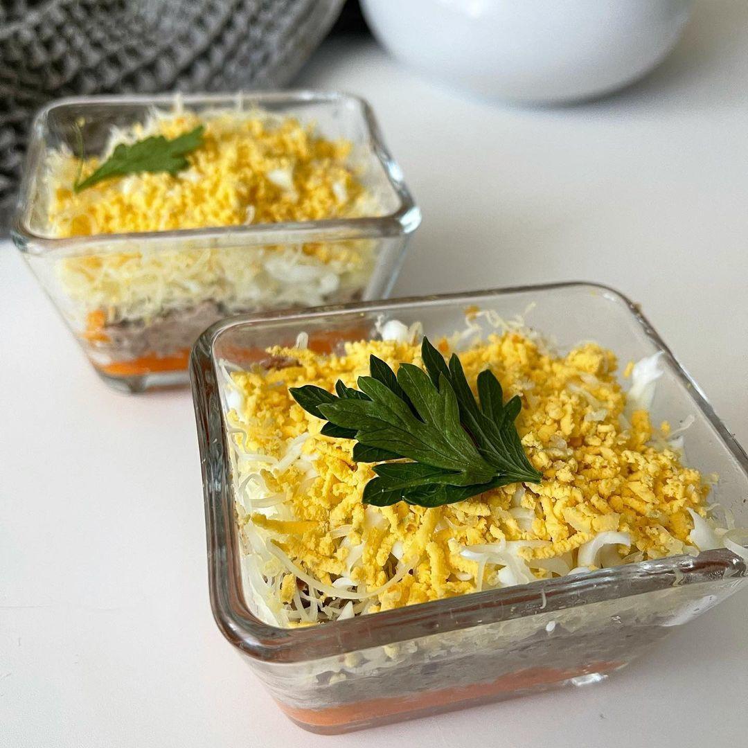 Легкий но сытный салат с тунцом