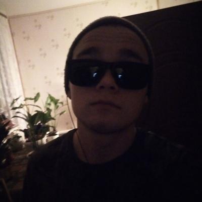 Игорь, 20, Alekseyevka