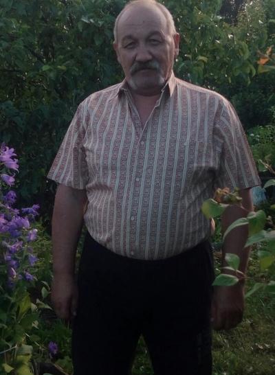 Andrey, 58, St. Petersburg