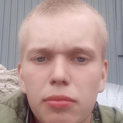 Илья, 18, Shadrinsk
