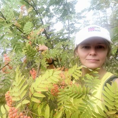 Ирина, 48, Saint Petersburg