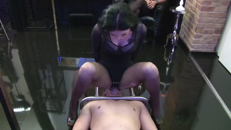 Lady Herrin Blackdiamoond - Step sis  smothering ass