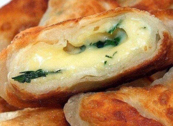 Очень  сытненькие  Кефирные конвертики с сыром