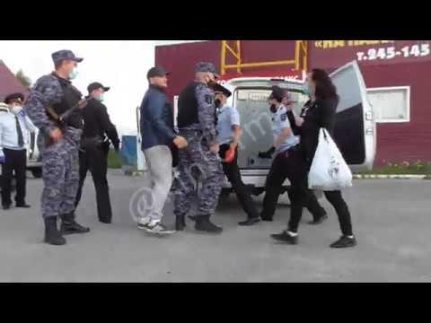Рейд полиции в баню Дымок в Сургуте