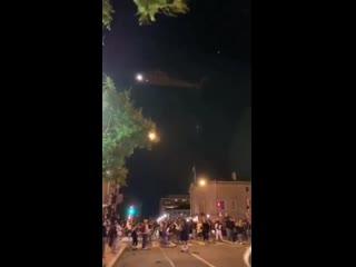 Военные применили вертолёты против толпы в Вашингтоне